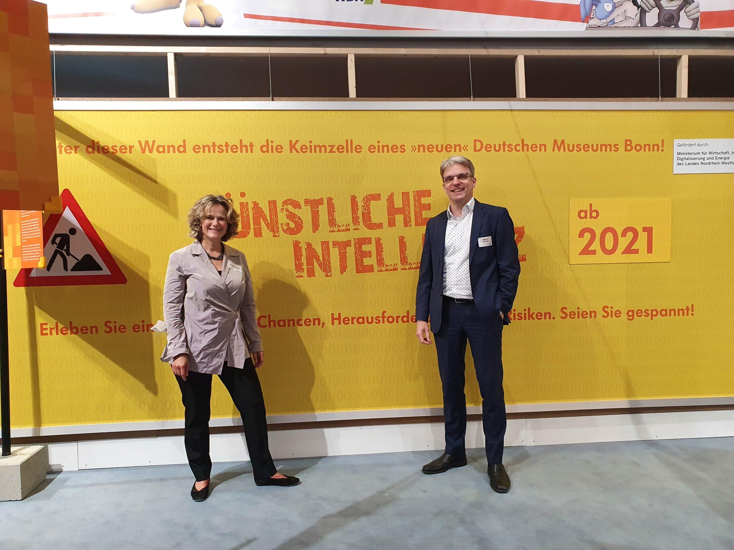 Dr. Andrea Niehaus (Leiterin Deutsches Museum Bonn) und Martin Schulze (Geschäftsführer BusinessCode)